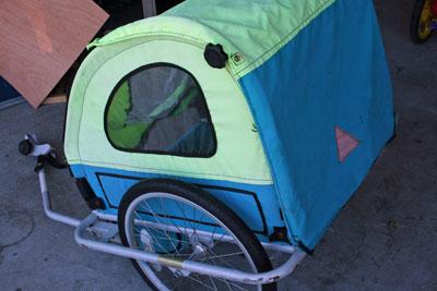 Bike-trailer-side-view