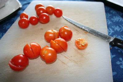 Chopping-cherry-tomatoes